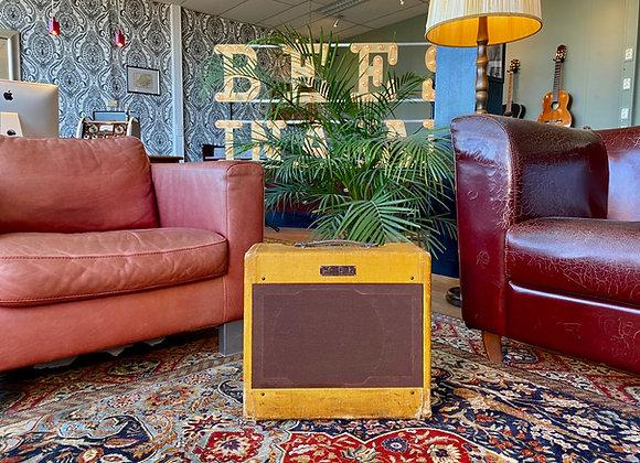 SOLD! - 1952 Fender Tweed Deluxe 5B3 Wide Panel