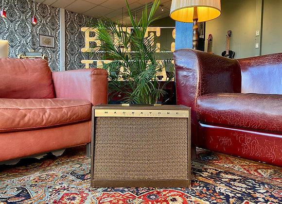 SOLD! - 1961 Magnatone 413 Custom Tonemaster