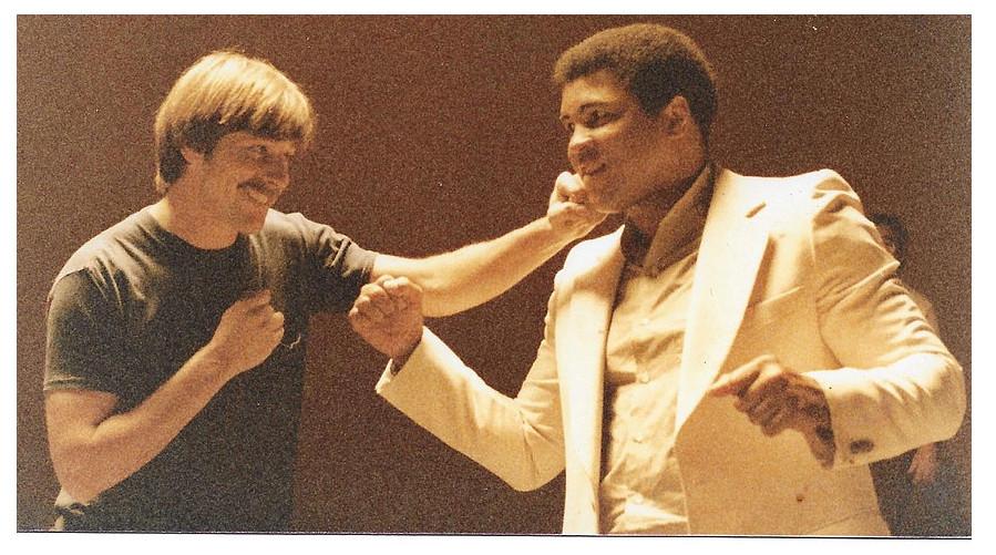 Michael taylor & Mohammad Ali, photo: Ken Wheelman © 1983