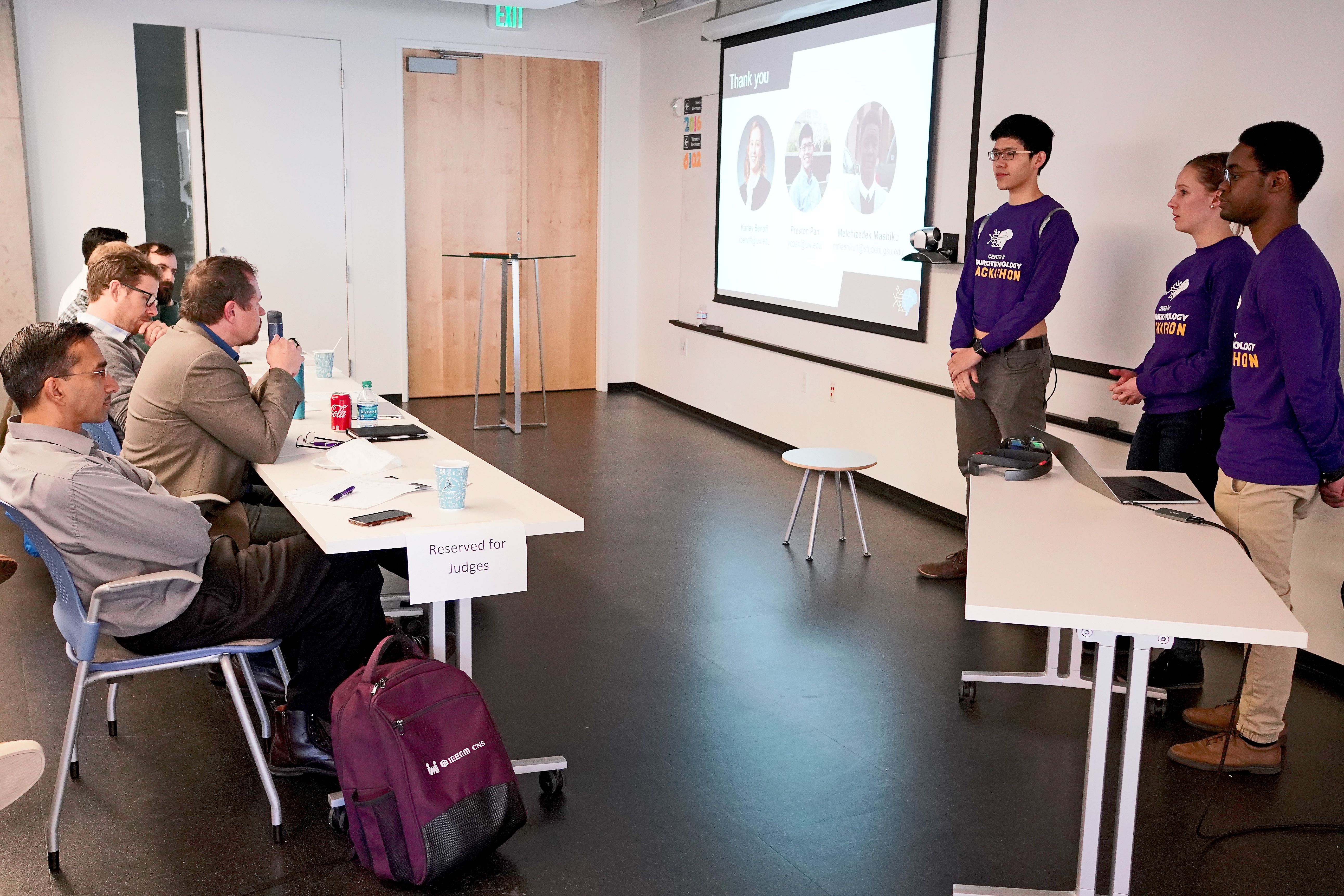 CNT Hackathon 2019 MRD09345
