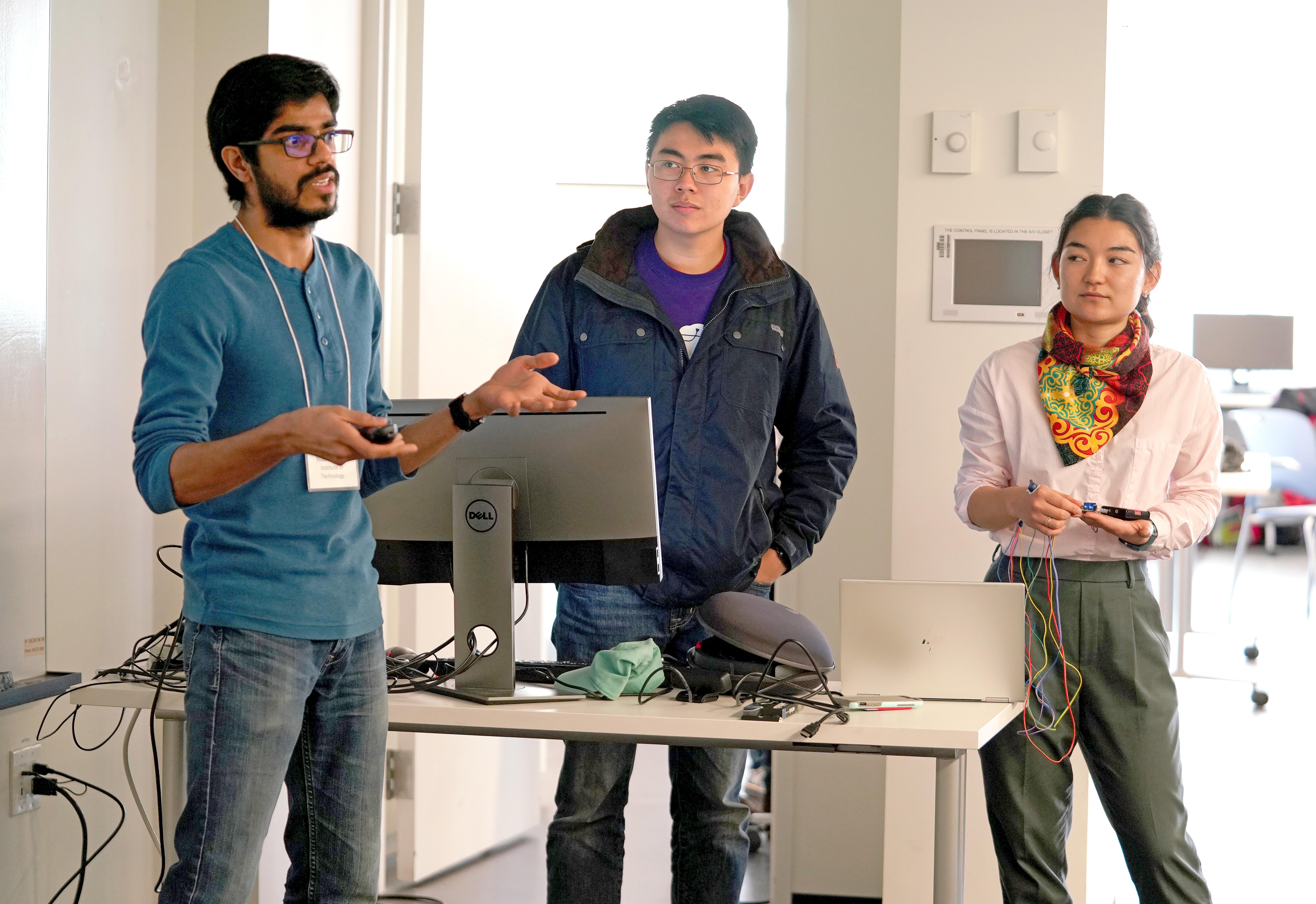 CNT Hackathon 2019 MRD08954