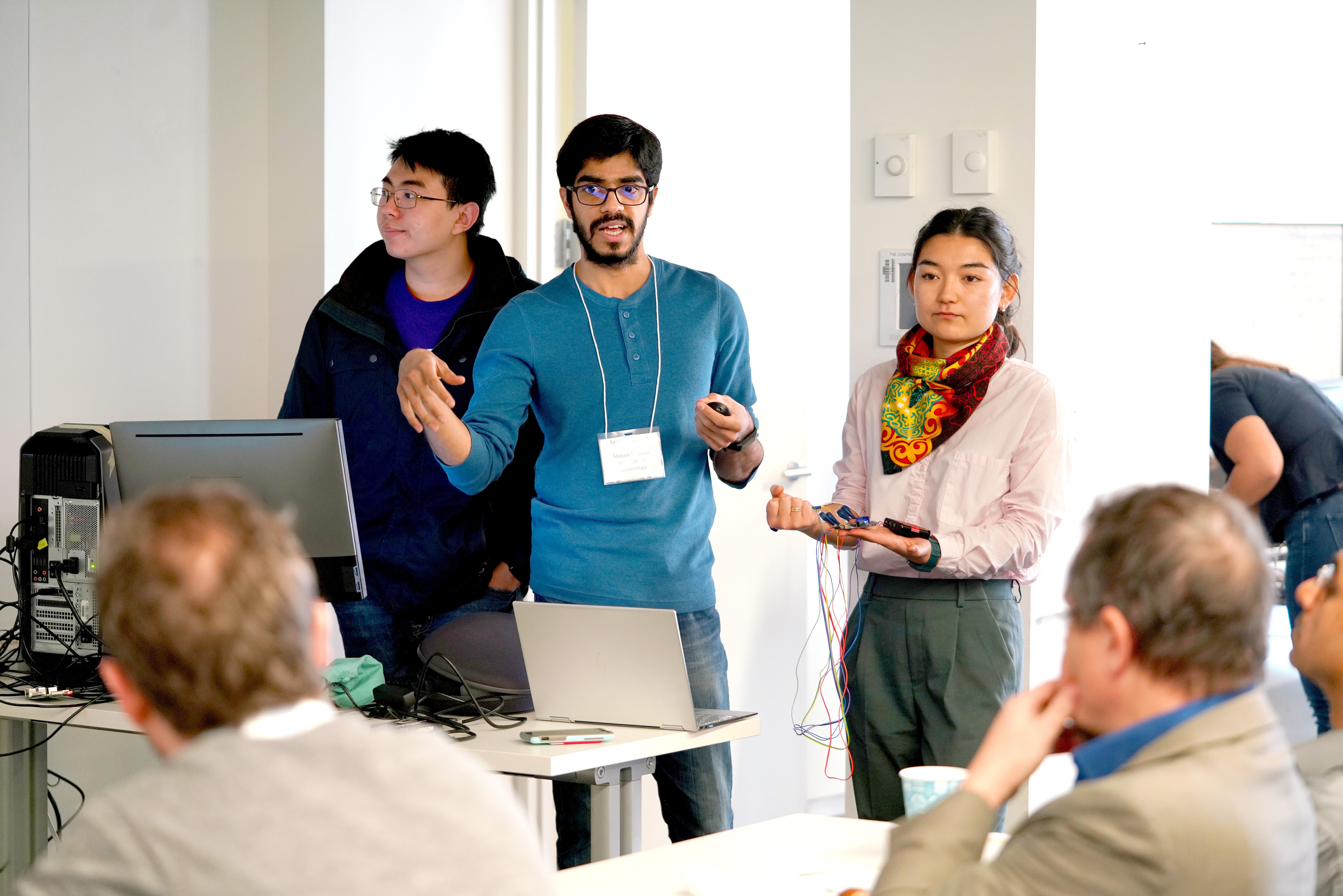 CNT Hackathon 2019 MRD08884