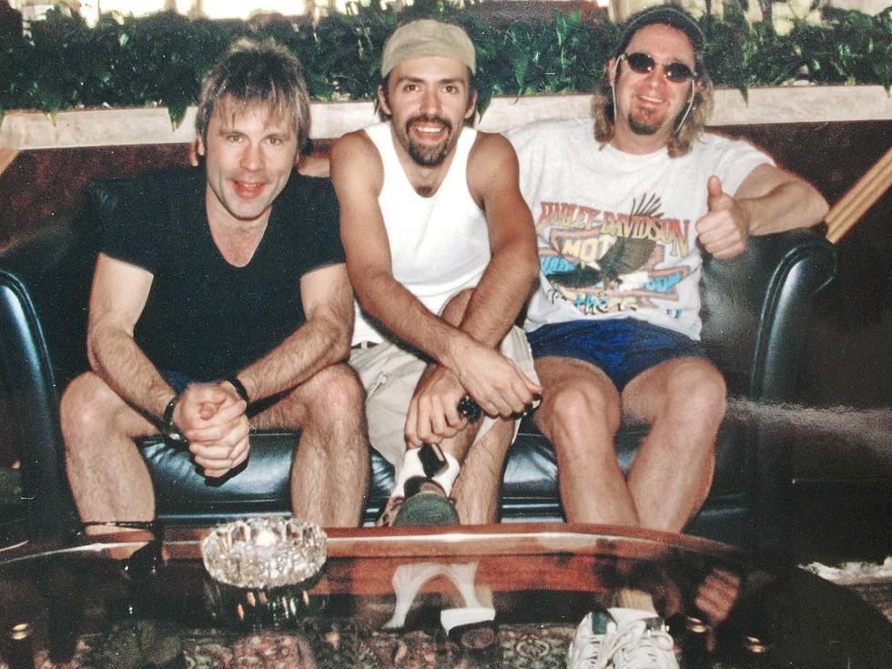 bruce dickinson, mrossi e adrian smith - tour scream for me brazil 2000