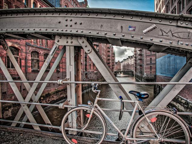 bike & bridge hamburg, germany