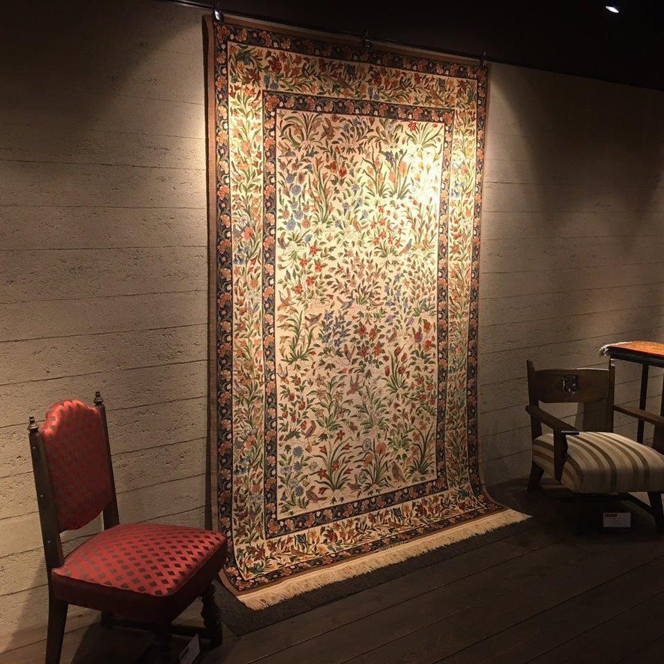 シャハーブプール工房ペルシャ絨毯