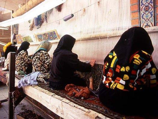 ペルシャ絨毯手織り