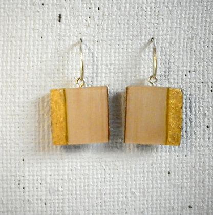 Boucles d'oreilles bois blanc et or