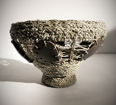 """Sculpture contenant """"ajourée"""""""