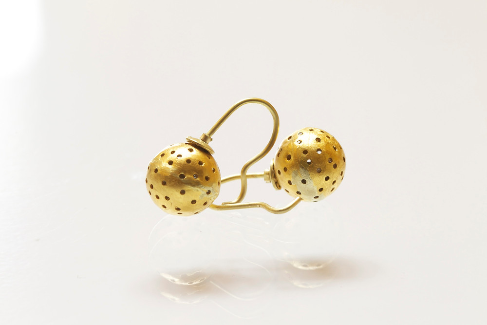 Earrings - 18k and 24k Oro Verde gold planets filled with rough diamonds