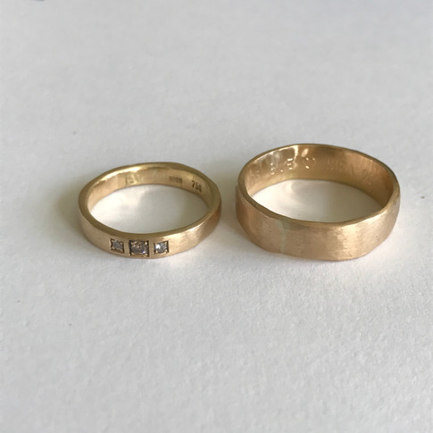 Handcrafted, Fairmined Wedding Rings 4