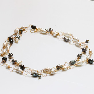 Gold Stars and Keshi Pearls Necklace