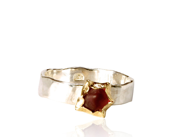 Hammered silver ring Red Spinel