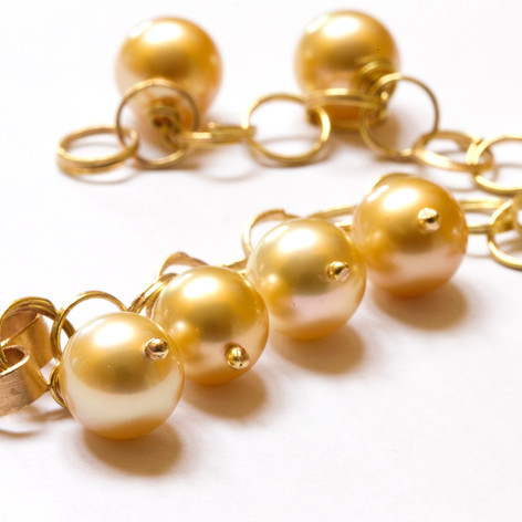 Golden South Sea Bracelet