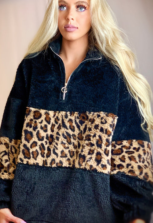 Lazy Girl Pullover