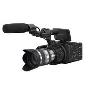 Sony NEX-FS100 DV with 18-200mm