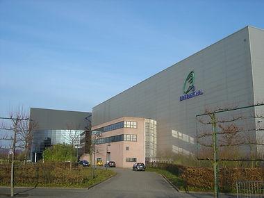 Brabanthal Leuven evenementencomplex gebouw buitenaanzicht overdag