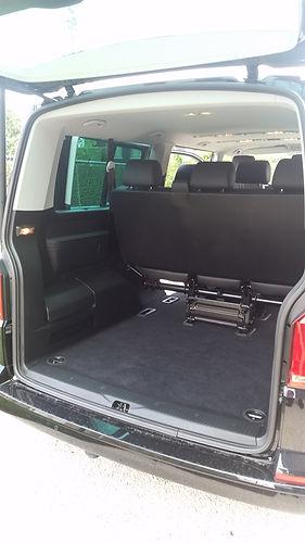 Volkswagen T6 Caravelle kofferruimte zetels rechtop