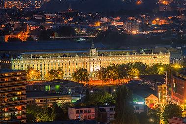 Tour & Taxis Brussel Koninklijk pakhuis gebouw vogelaanzicht bij nacht