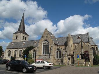 Kerk Nijlen symbool voor de stad waarvoor wij luchthavenvervoer voorzien naar alle luchthavens