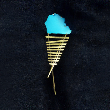 Paula Vieira Jewellery 19.2k Gold Brooch and Turquoise