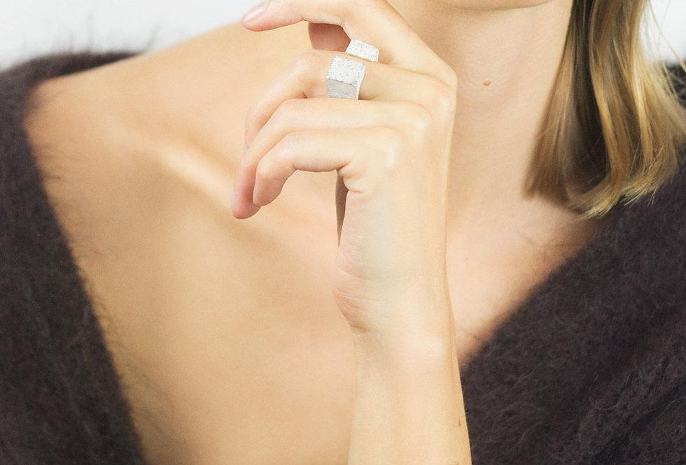 Paula Vieira Jewellery Uffizi Ring