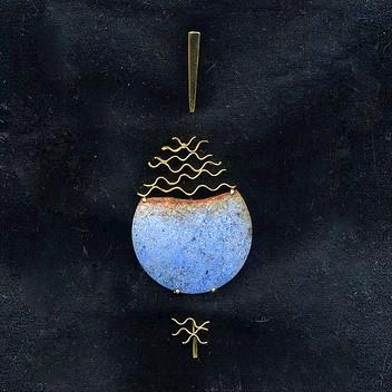 Paula Vieira Jewellery 19.2k Gold Brooch and Dumortierite