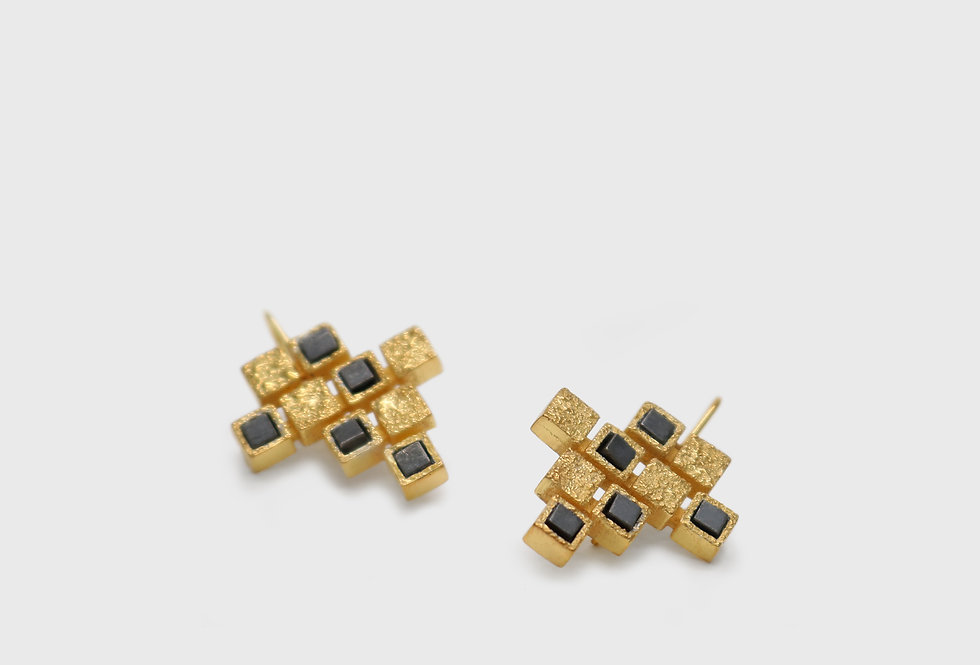 Cubico Gold Plated Silver Earrings with Hematites