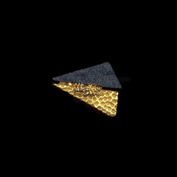 Paula Vieira Jewellery 19.2k Gold Ring, Onyx and Hem