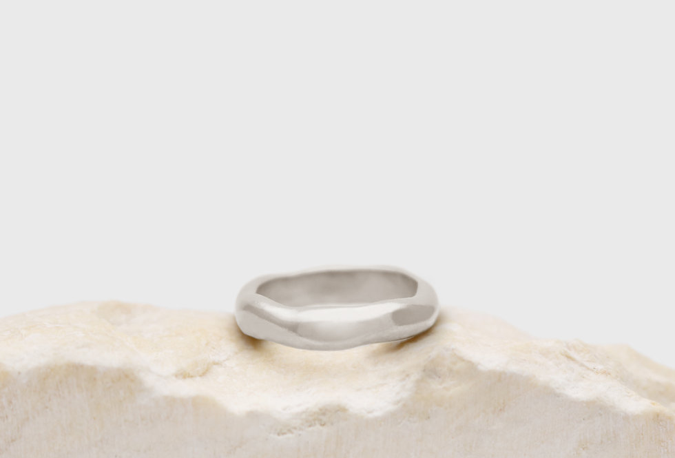 Hive Everyday Silver Ring