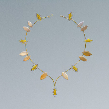 Paula Vieira Jewellery 19.2k Gold Necklace and Moonstones