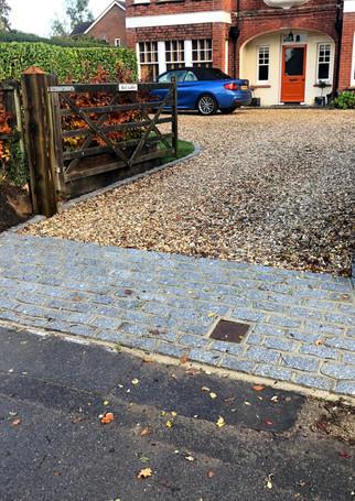 Brick & Gravel Driveway