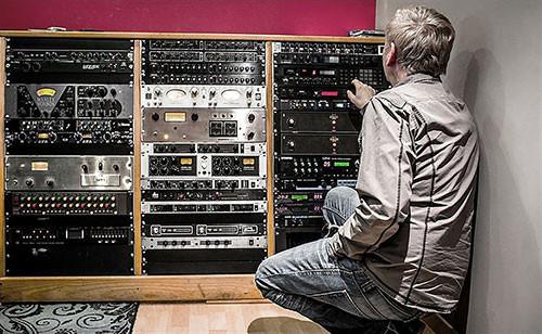 MEL Studio A - Hardware