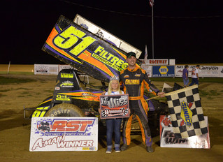 Howland Sweeps 2017 At Woodhull, Daugherty Wins Second Straight