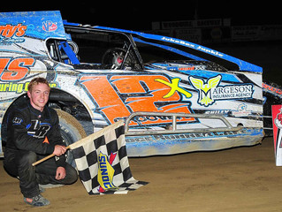 Groover Reclaims Points Lead With Third Woodhull Victory