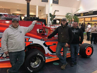 Daugherty/Gleason Win Mooney's Pit Stop Challenge In Front of Record Mall Show Crowd
