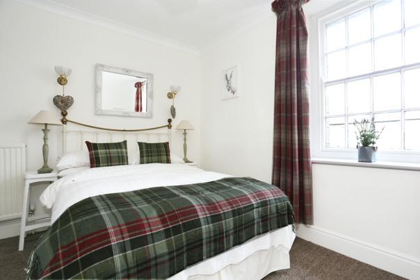 Beewerly Hall Farm double bedroom tartan