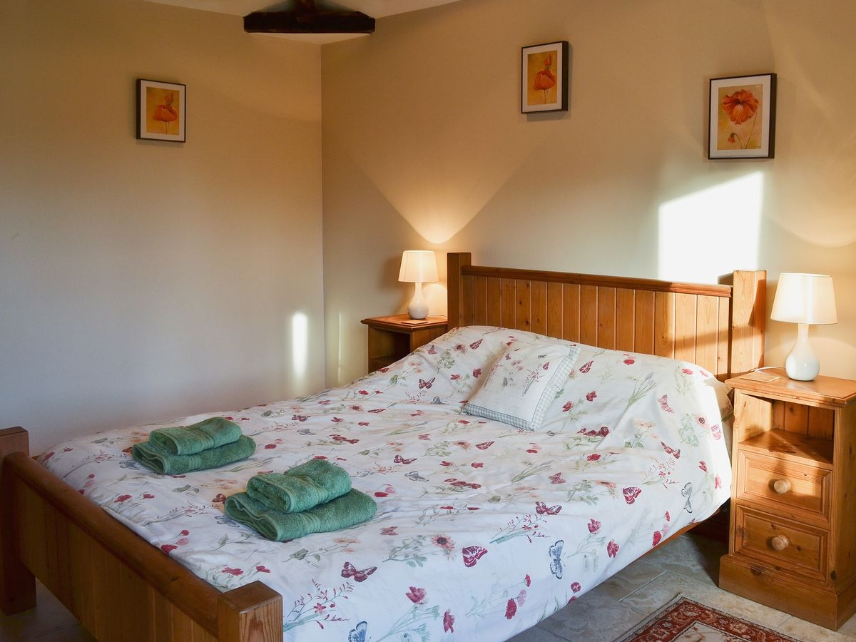 Double bedroom at Meadow View Cottage at
