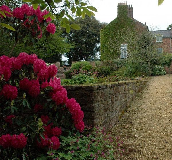 Cheshire Country Garden driveway.jpg