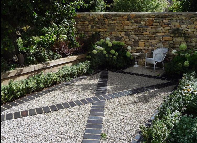 Lucy Shaw Garden Design gravel garden.jp