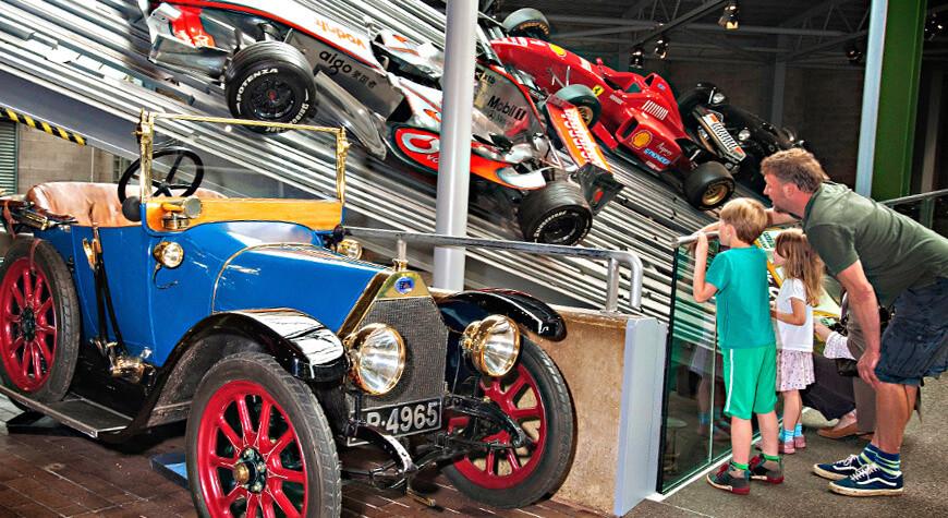 _National-Motor-Museum_.jpg