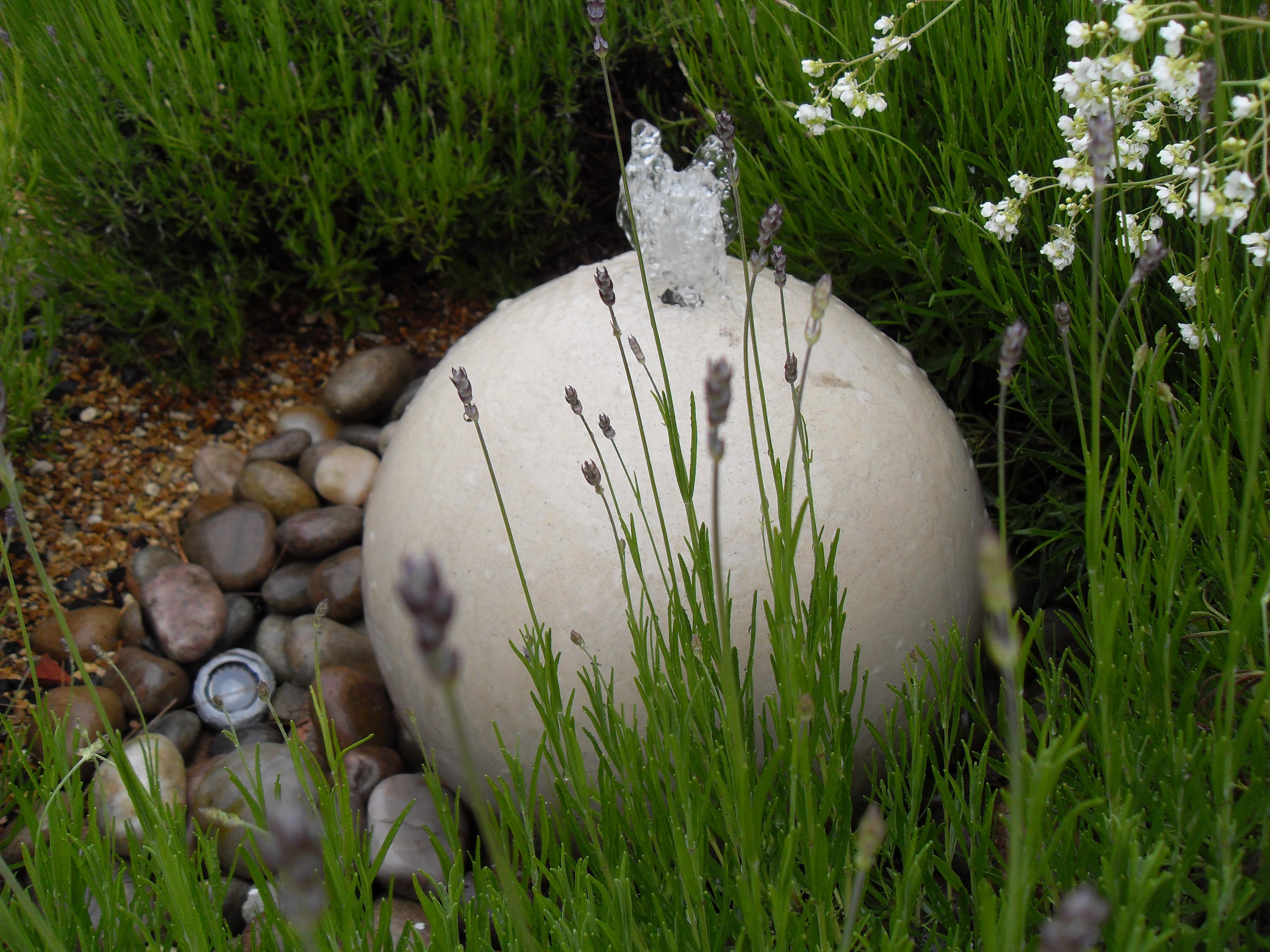 Waterfeature stone