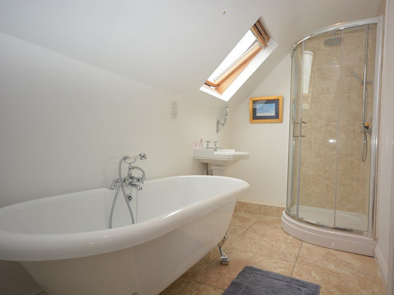 En-suite bathroom at The Mill House at M