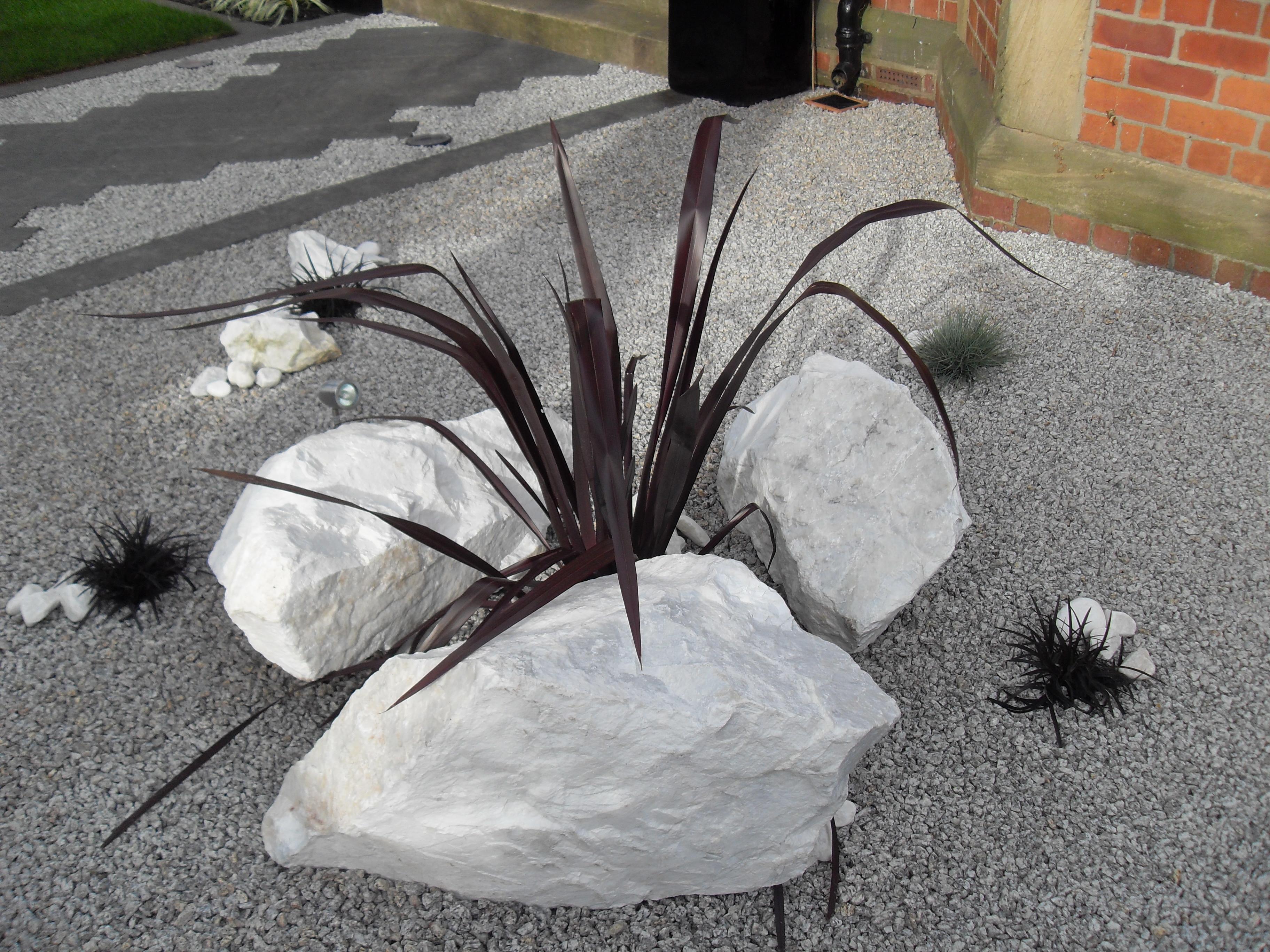 White boulders and silver granite chippi