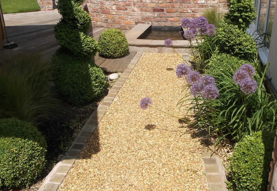 Small domestic garden design Sale Cheshire
