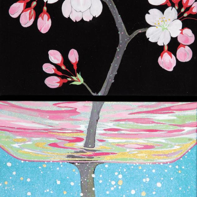 グラスに挿した桜