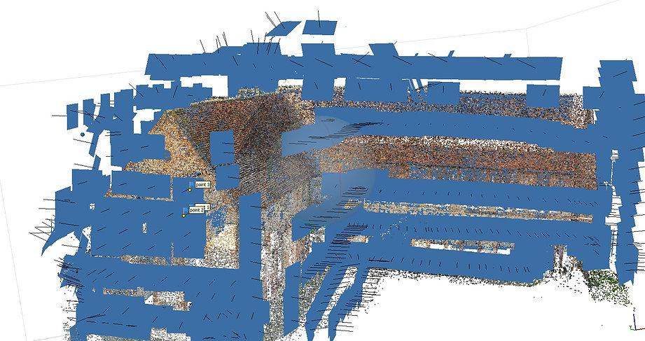 Génération d'un nuage de point clairsemé après l'alignement des cameras (1200 cameras en bleu sur le schéma) par dronesbtp www.dronesbtp.fr