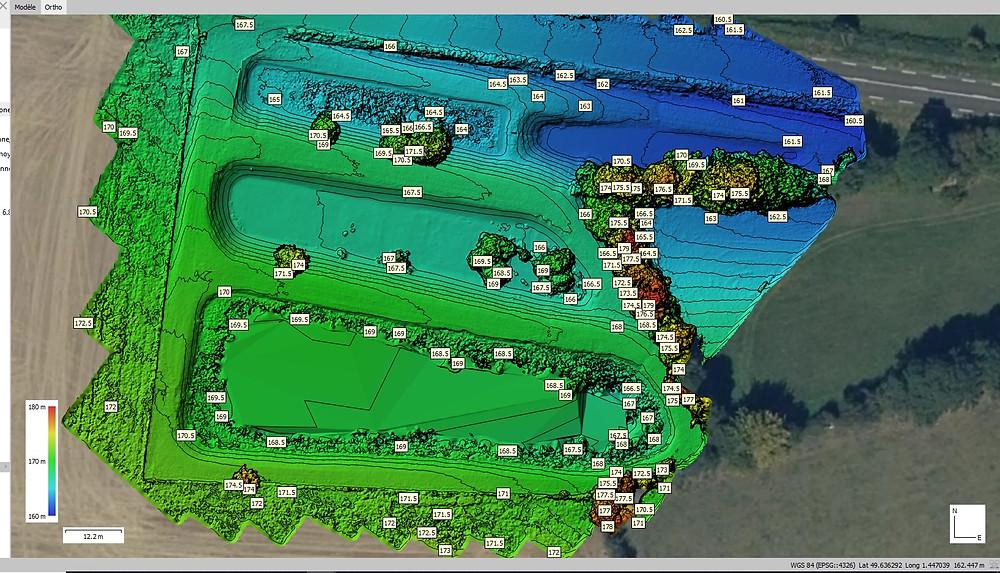 Modèle numérique de terrain avec courbes de terrain par Dronesbtp www.dronesbtp.fr