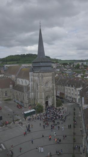 Photo prise par drone à Neufchâtel-en-Bray lors de la marche diocésaine des Vocations 2019