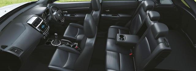 2018-Mitsubishi-ASX-interior-e1460676039