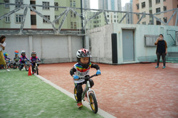 幼兒平衡車
